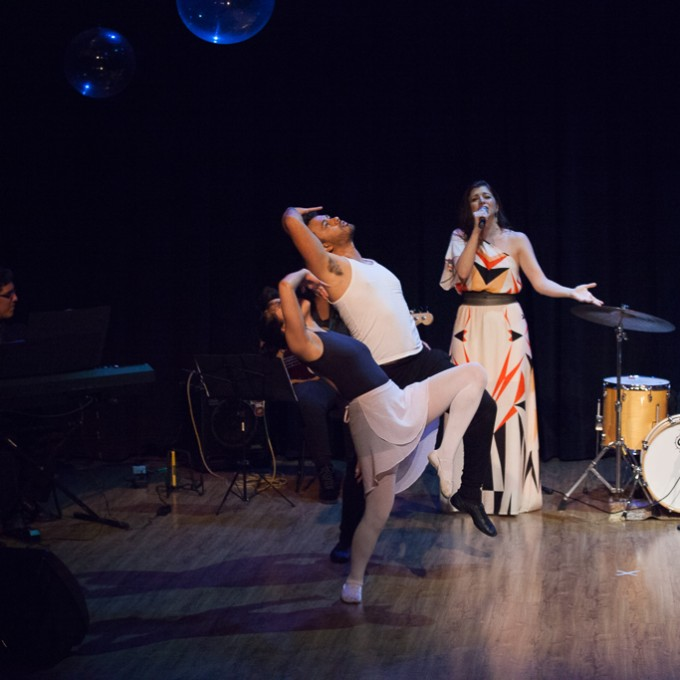 https://farlleyderze.com/wordpress/wp-content/uploads/2016/12/virginia-teatro-livraria-cultura-foto-rodrigojorge-4618.jpg